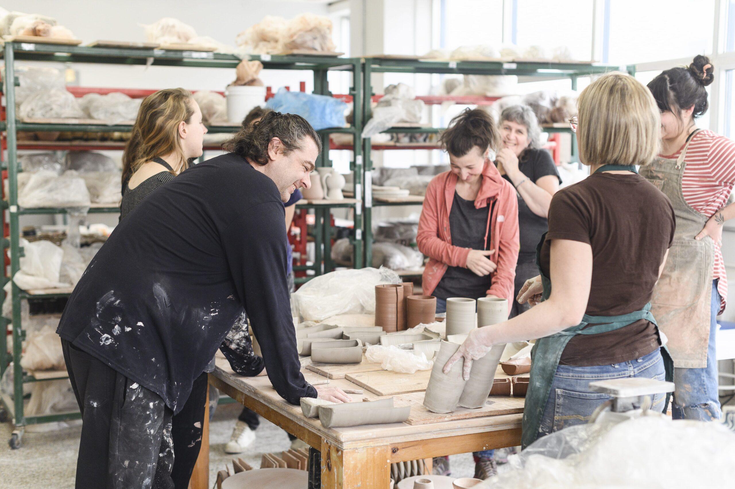 Finissants de la Maison des métiers d'art de Québec Credit photo: Llamaryon